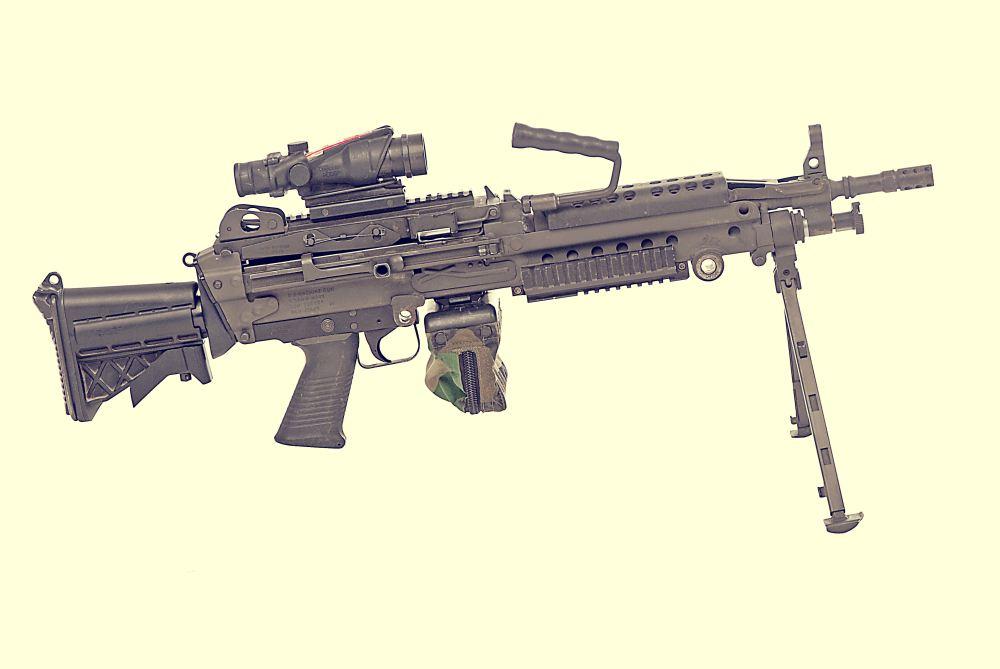 معرفی تیربار M249 SAW !!