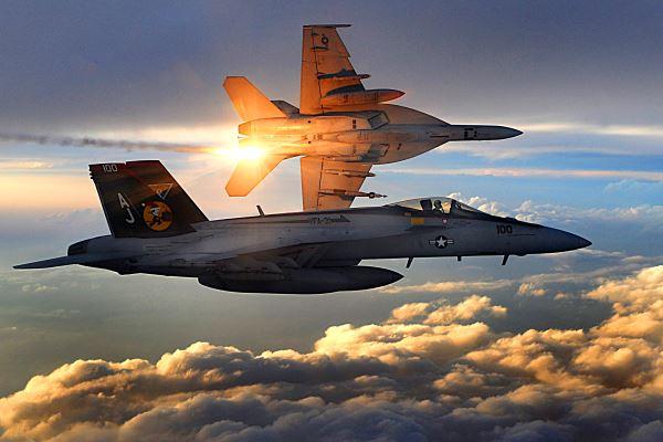 آشنایی کامل با جنگنده اف 18 هورنت / جانشین شایسته تامکت نیروی دریای آمریکا
