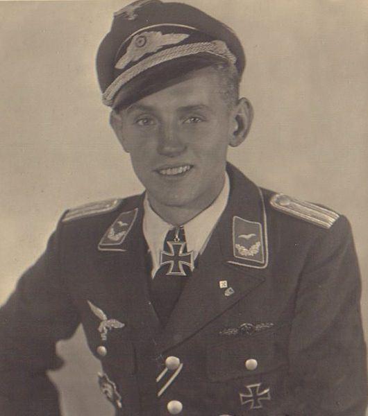 خلبان اریش هارتمن، موفقترین خلبان تاریخ هوانوردی !