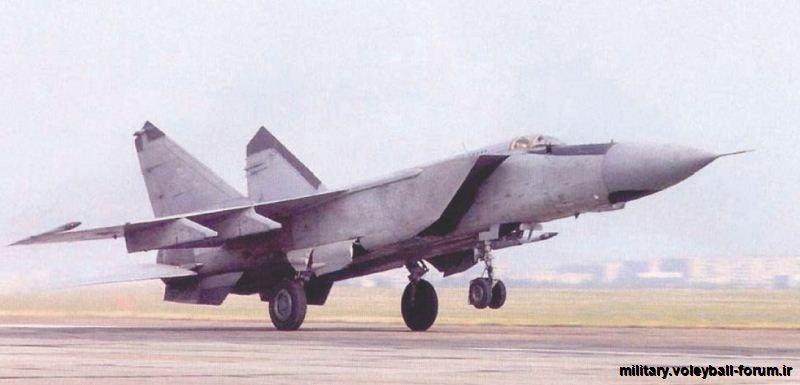 پدافند هوایی ایران در تقابل با میگ 25 های عراق !