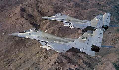 میگ های MiG-29A متعلق به IRIAF مجهز به موشک های R-27 Alamo
