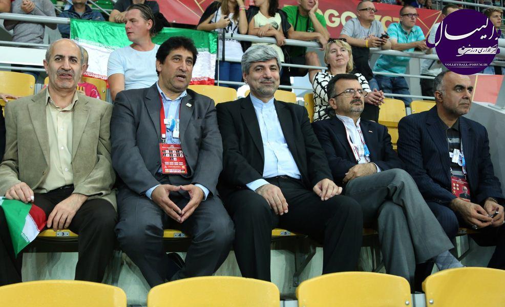 داورزنی: مهم نمایش عالی والیبال ایران و شادی دل مردم است !