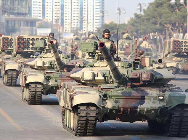 بررسی تجهیزات ارتش جمهوری آذربایجان
